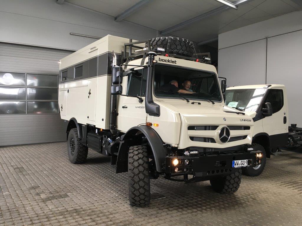 Fertigstellung UNIMOG UHE U9 als Wohnmobil mit Expeditions