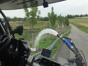 UNIMOG U530 mit Bewässerungsanlage (Innenansicht)